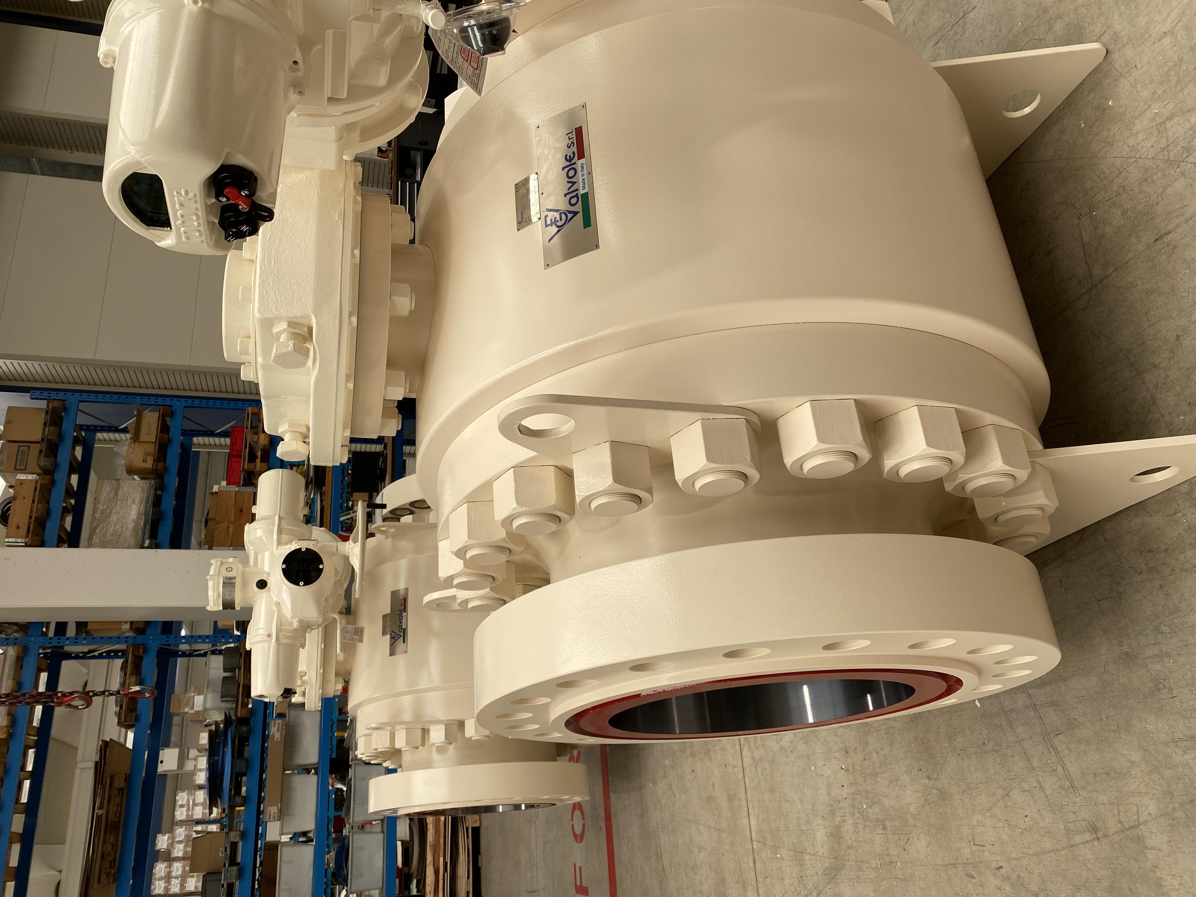 200202 - VALVENCO - Ball 24 inch 900 Electric Actuator (5)